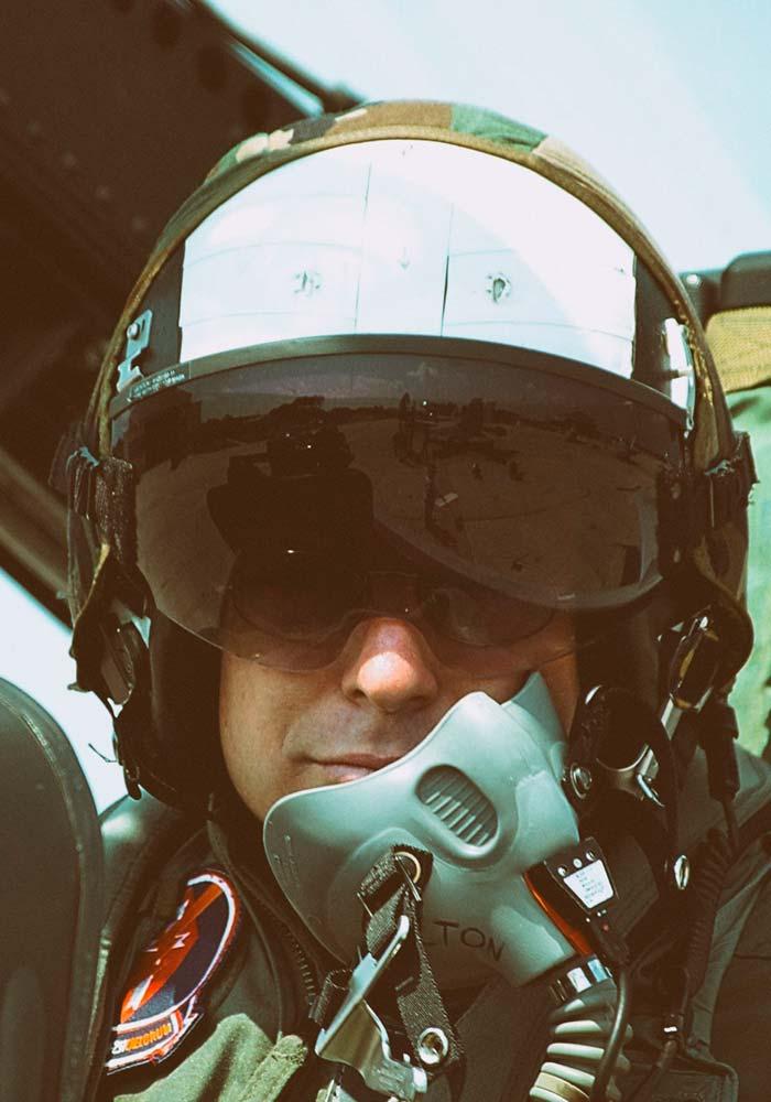 Jeff Bolton pilot